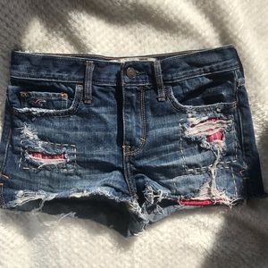 Hollister Distressed Jean Shorts Size 0/ 24